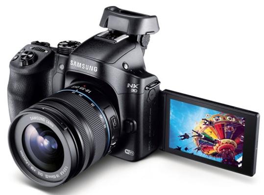 Samsung-NX30_003-640x470.jpg