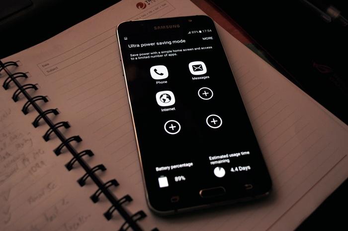 Samsung Galaxy J7 (2016) review - A long lasting and basic metal