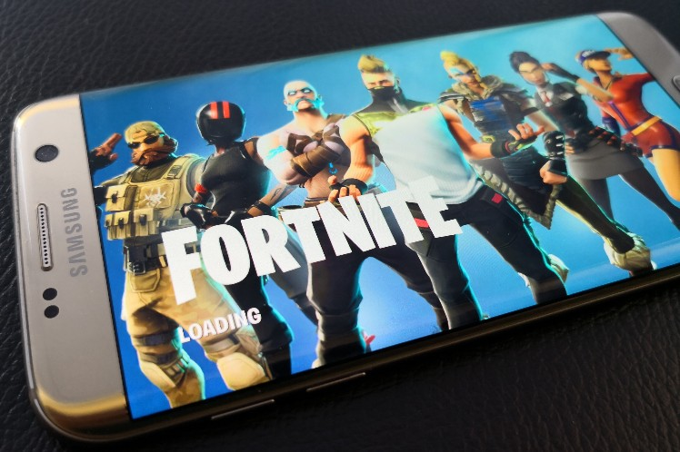 Turns out that Fortnite Mobile isn't just for Samsung Galaxy Note 9, but is still exclusive to Samsung flagships