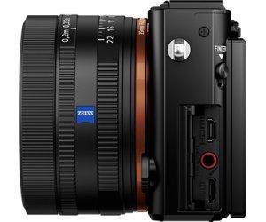 Sony Cyber-shot DSC-RX1R II-2.png
